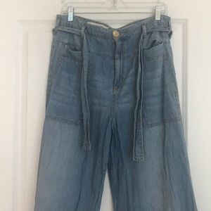Pilcro size 31 high waisted flared jeans